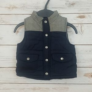 Cherokee Vest Size 18 Months.